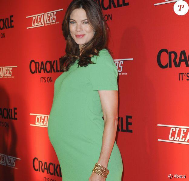 Michelle Monaghan enceinte à la soirée Cleaners au Cary Grant Theater le 26 septembre 2013 à Los Angeles.