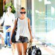 Exclusif - Nicole Richie sort du restaurant Loteria Grill avec son chien et ses enfants Harlow et Sparrow. Los Angeles, le 25 septembre 2013.