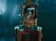 Rihanna : Strip-teaseuse hot et bling-bling dans son clip ''Pour It Up''