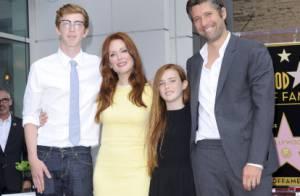 Julianne Moore: Magnifique et honorée devant son mari et ses enfants, Cal et Liv