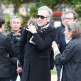 Plastic Bertrand lors des obsèques de Gilles Verlant au cimetière du Père-Lachaise, le 4 octobre 2013 à Paris