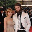 Rachael Leigh Cook ( Perception ) et son mari Daniel Gillies ( Vampire Diaries ,  The Originals ) au Festival de Cannes en mai 2008. Le couple a accueilli le 28 septembre 2013 son premier enfant.