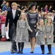 Le roi Willem-Alexander des Pays-Bas, la reine Maxima et leurs filles Catharina-Amalia, Alexia et Ariane - Mariage de Jaime Bourbon-Parme avec Viktoria Cservenyak a Appeldorn aux Pays-Bas le 5 octobre 2013.  Royal wedding of prince Jaime Bourbon-Parme and Viktoria Cservenyak in Appeldorn, Netherlands, October 05th, 201305/10/2013 - Appeldorn