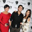 Robert Kardashian Jr célèbre son anniversaire avec sa mère Kris Jenner et sa soeur Kim Kardashian à Las Vegas, le 16 mars 2012.