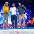 """Un guitariste fait le show sur un trampoline avec sa guitare dans """"La France a un incroyable talent"""" saison 8. Mardi 29 octobre 2013."""