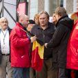 Gérard Depardieu donne le depart du rallye de Condroz à Huy en Belgique, le 1er novembre 2013.