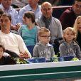 Zlatan Ibrahimovic, avec sa femme Helena Seger et leurs deux fils Maximilian, 7 ans, et Vincent, 5 ans, assistaient le 2 novembre 2013 à la demi-finale entre Novak Djokovic et Roger Federer au BNP Paribas Masters de Paris-Bercy.