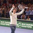 Zlatan Ibrahimovic et Novak Djokovic ont offert un show inattendu au public du Masters de Paris-Bercy à l'issue de la demi-finale victorieuse du Serbe face à Roger Federer, le 2 novembre 2013.
