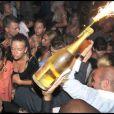 Chaude ambiance au VIP Room de Saint-Tropez