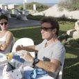 Thierry Frémont et Adrien Jolivet arborent chacun une paire de lunettes Ray-Ban, offerte par Light Optical ! Escapade des Stars, novembre 2013, Djerba.