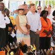 La reine Maxima et le roi Willem-Alexander des Pays-Bas lors de leur visite officielle dans les Antilles Néerlandaises, à Saint-Martin et sa capitale Philipsburg, le 13 novembre 2013