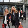 Exclusif - Miss Lorraine 2013, Charline Keck et Miss Roussillon 2013, Sabine Banet, candidates Miss France 2014 à la sortie de TF1. Le 14 novembre 2013 à Paris.
