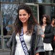 Exclusif - Miss Pays de Savoie 2013, Julie Legros, à la sortie de TF1. Le 14 novembre 2013 à Paris.