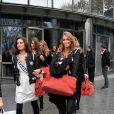 Exclusif - Miss Bretagne 2013, Marie Chartier et Miss Aquitaine 2013, Camille Gafa à la sortie de TF1 le 14 novembre 2013 à Paris.