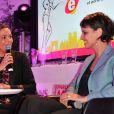 """Exclusif - Sandrine Quétier et Najat Vallaud-Belkacem lors de la 2eme édition du """"Spot des e-Fluent Mums"""", le salon des parents blogueurs, à l'espace Richelieu. Paris, le 4 décembre 2013."""