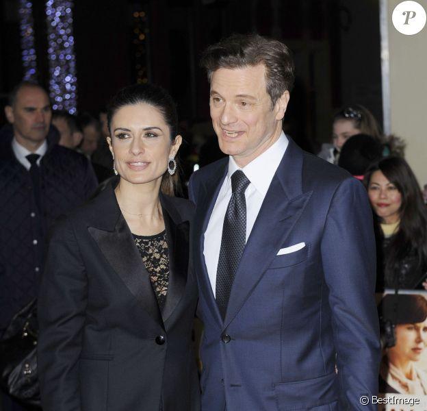Colin Firth, radieux et amoureux avec sa femme Livia Giuggioli lors de la première du film Railway Man à Londres, le 4 décembre 2013.