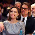 Angelina Jolie et Brad Pitt lors du gala Cinema for Peace à Berlin le 13 février 2012