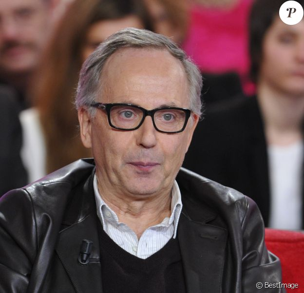 """Fabrice Luchini lors de l'enregistrement de l'émission """"Vivement Dimanche"""" à Paris diffusée le 10 mars 2013"""