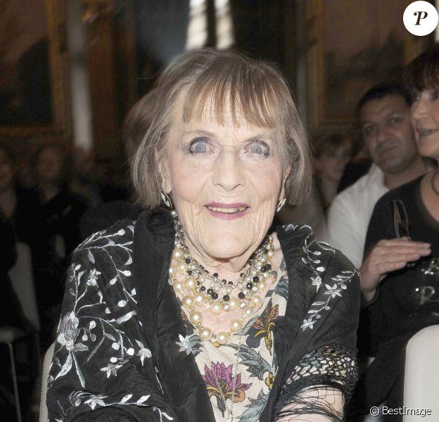 Mado Maurin lors de la remise des prix Romy Schneider et Patrick Dewaere (du nom de son fils) à Paris en 2009