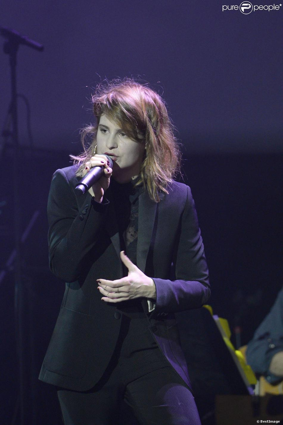 CHRISTINE & THE QUEENS - Queen of Pop. - Page 6 1325182-christine-the-queens-les-50-ans-de-950x0-1