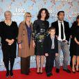 Brigitte Roüan, Chantal Ladesou, Valérie Lemercier, Gilles Lellouche, Marina Foïs, Samatin Pendev lors de l'avant-première du film 100% Cachemire à Paris le 9 décembre 2013