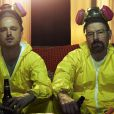 Aaron Paul et Bryan Cranston dans Breaking Bad.