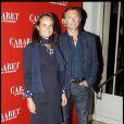 Christophe Malavoy et sa femme Isabelle lors de la générale de la pièce Cabaret à Paris le 6 octobre 2011
