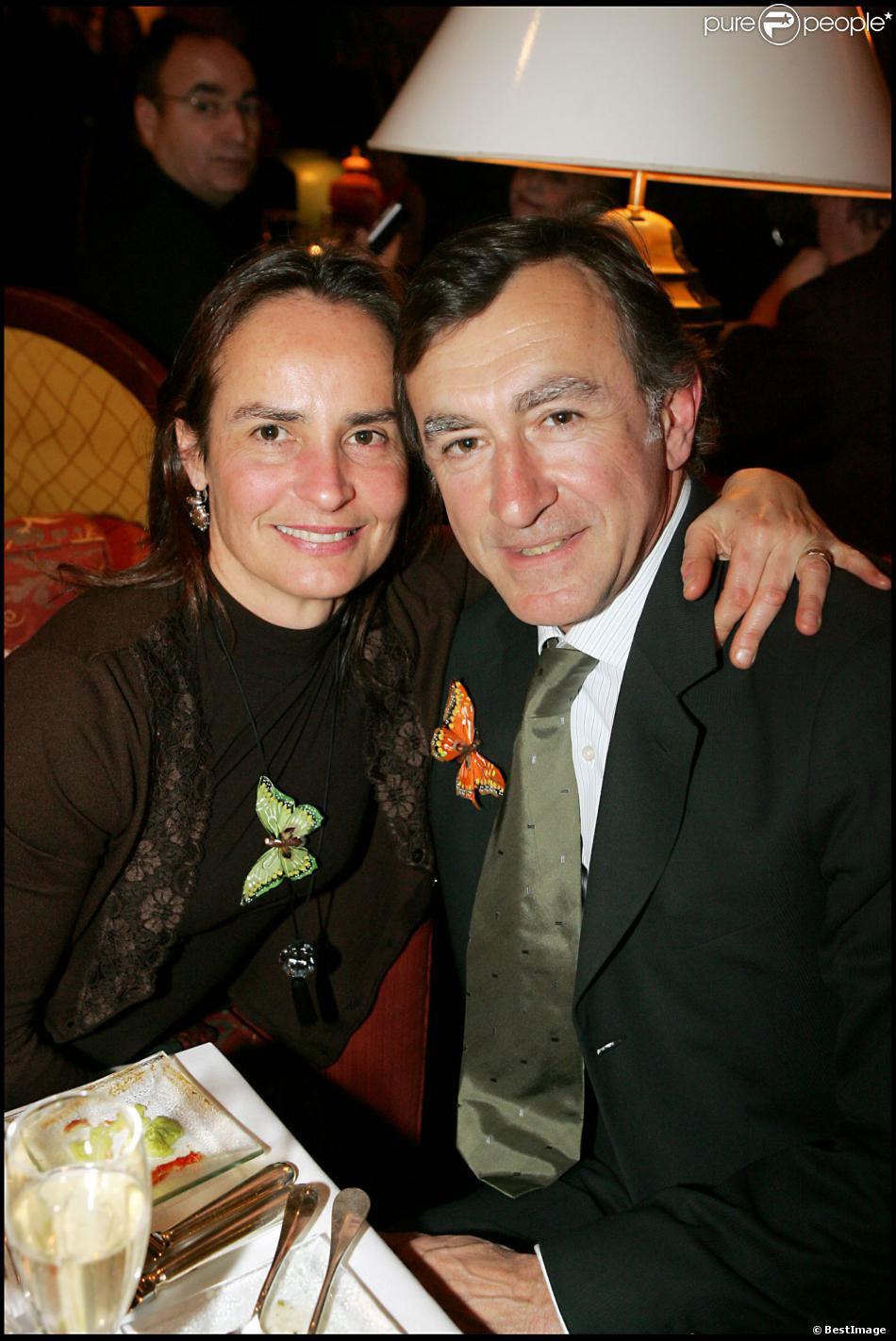 Christophe Malavoy et sa femme Isabelle lors d'une soirée au Hyatt Regency à Paris le 21 mars 2006