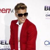 Justin Bieber 'bling-bling' devant Kylie Jenner en jupe fendue pour 'Believe'