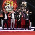 François-Xavier Demaison, Arnaud Ducret, Michaël Youn et Pascal Obispo dans Le 31 tout est permis, émission spéciale diffusée sur TF1 le 31 décembre 2013 à 20h50 et présentée par Arthur