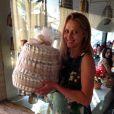 Teresa Palmer a reçu un cadeau très original de la part de Jessica Alba.