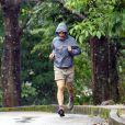 Matthew McConaughey faisant son incontournable jogging au Parque Municipal das Mangabeiras lors de son séjour à Belo Horizonte (Brésil) avec sa famille le 27 décembre 2013
