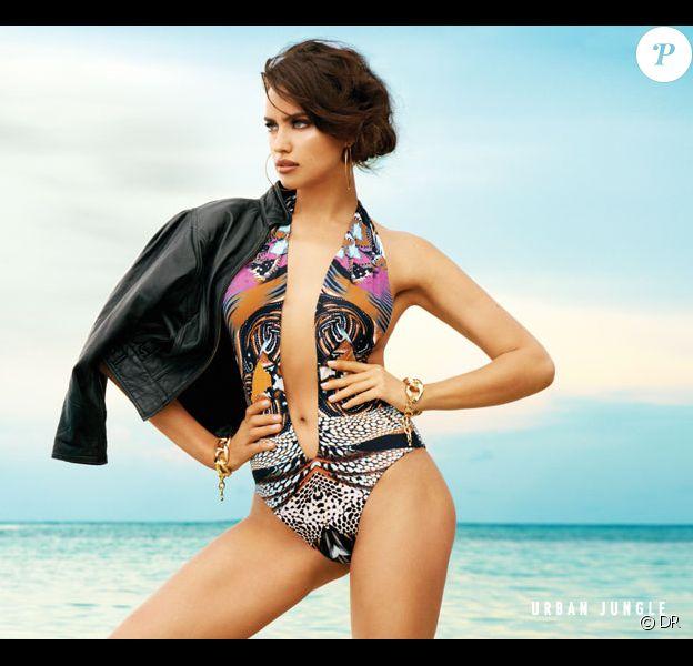 Irina Shayk, visage de la collection Signature 2014 de Beach Bunny.