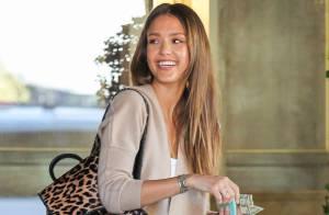 Jessica Alba : La perfection incarnée, même sans maquillage