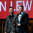 Ryan Lewis et Macklemore sur scène pour le prix de Révélation de l'Année lors de la 56e édition des Grammy Awards. Los Angeles, le 26 janvier 2014.