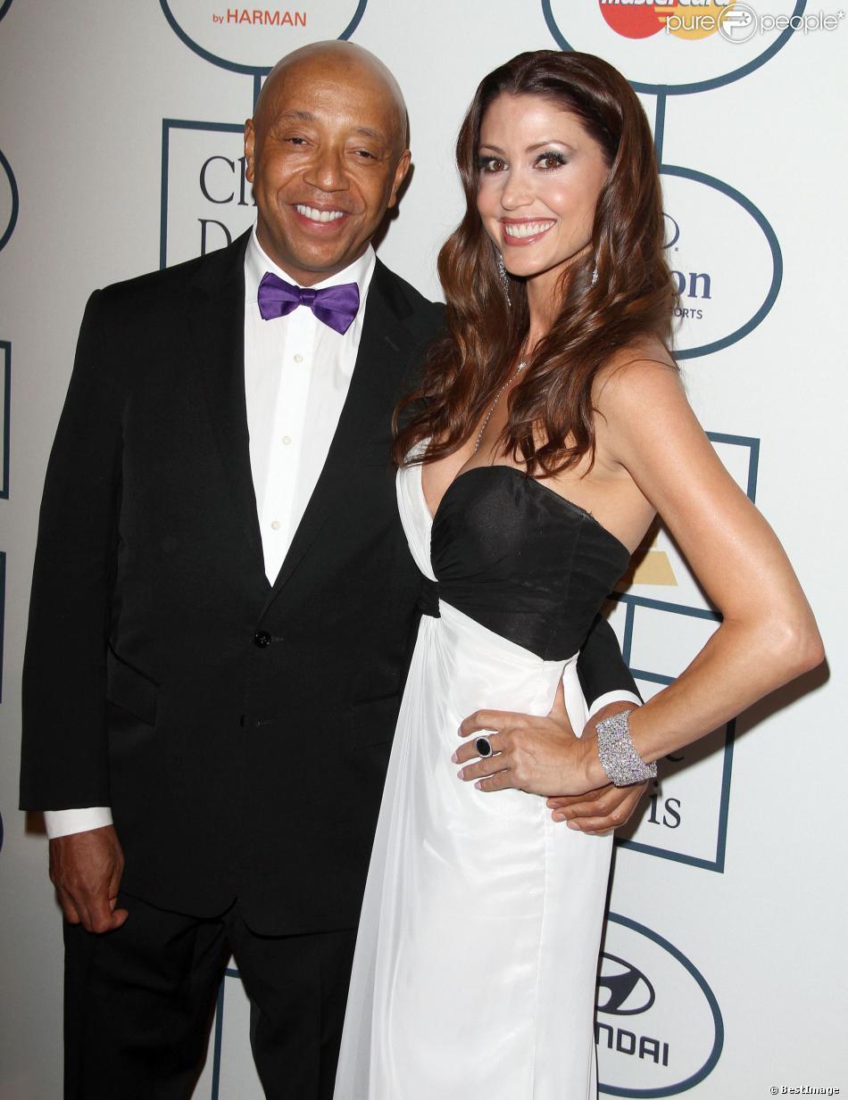 Russell Simmons et sa nouvelle compagne Shannon Elizabeth à la soirée pré-Grammy à Beverly Hills le 25 janvier 2014.