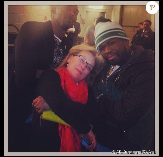50 Cent a le plaisir de poser avec Meryl Streep après un match des Knicks contre les Lakers à New York le 26 janvier 2014