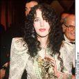 """ISABELLE ADJANI CESAR DE LA MEILLEURE ACTRICE POUR """"CAMILLE CLAUDEL"""" EN 1989 """"PLAN AMERICAIN"""" FEMININ ACTRICE COMEDIENNE TROPHEE RECOMPENSE02/03/1989 - Paris"""