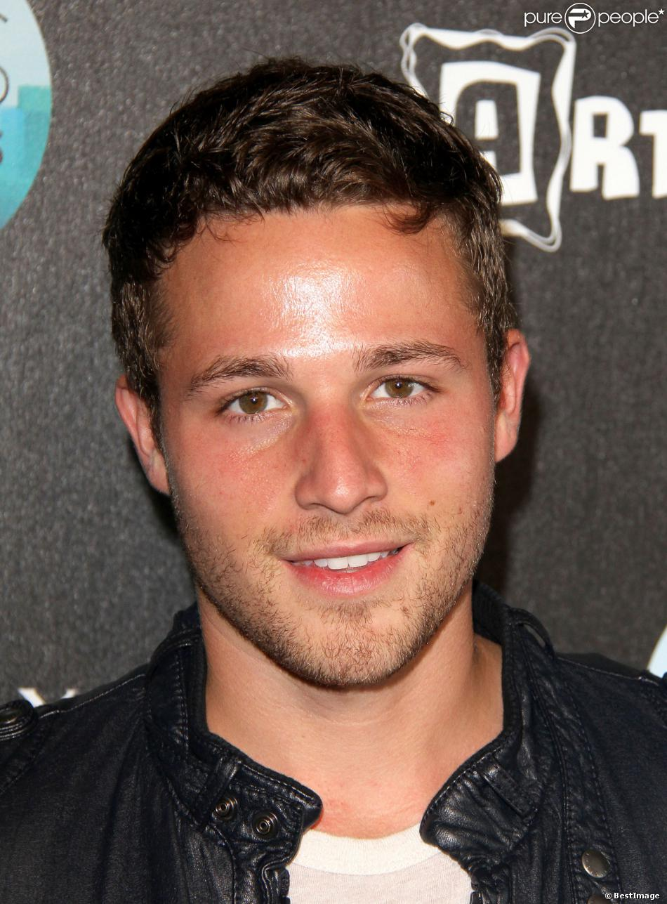 Shawn Pyfrom - Wikipedia