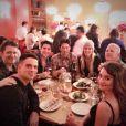 Lea Michele et ses amis de Glee, dont Dianna Agron, Darren Criss ou encore Ryan Murphy, le 31 janvier 2014.
