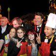 """Gérard Depardieu, le maire de Nice, Christian Estrosi et Denise Fabre participent à la soirée d'ouverture du 130ème Carnaval de Nice """"Roi de la Gastronomie"""", le 14 février 2014 à Nice, place Masséna."""
