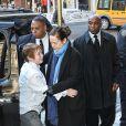 Mimi O'Donnell et Cooper Hoffman lors des obsèques de l'acteur Philip Seymour Hoffman en l'église St. Ignatius de Loyola à New York, le 7 février 2014.