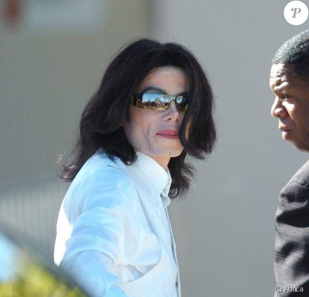 Michael Jackson lors de son procès à Santa Maria, le 31 janvier 2005.