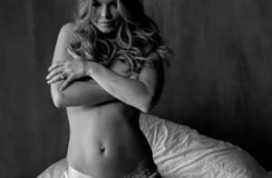 Fergie, maman hot : Topless en petite culotte six mois après l'accouchement