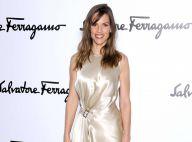 Fashion Week : Hilary Swank, ravissante spectatrice et en soirée