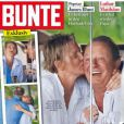 La princesse Charlene de Monaco avec le révérend Nicoll à Saint-Barthélemy en couverture du magazine allemand  Bunte , en février 2014
