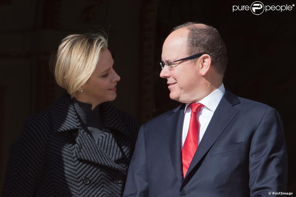 La princesse Charlene et le prince Albert II de Monaco le 27 janvier 2014 lors des célébrations de Sainte Dévote.