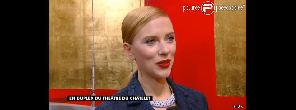 Scarlett Johansson arrive aux César 2014.
