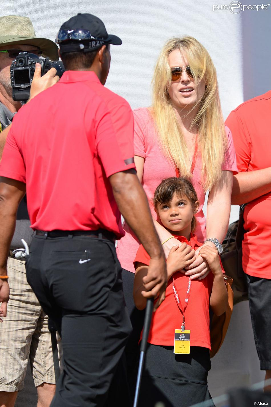 Tiger Woods, sa fille Sam Alexis Woods et Lindsey Vonn lors du dernier tour du tournoi Honda Classic au PGA National Resort and Spa dePalm Beach Gardens, le 2 mars 2014