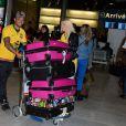 Julien et Jessica de retour à Paris après le tournage de l'émission 'Les Marseillais a Rio' pour W9, le 6 mars 2014, à l'aéroport Roissy Charles de Gaulle.